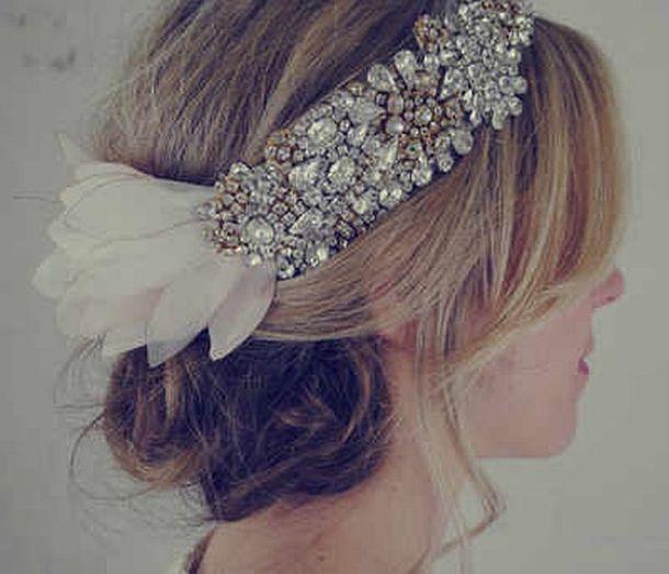 doloris-petunia-headpiece-wedding-hair-accessories