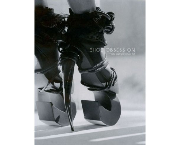 shoe_obsession_yale_university_press_253147978_north_883x