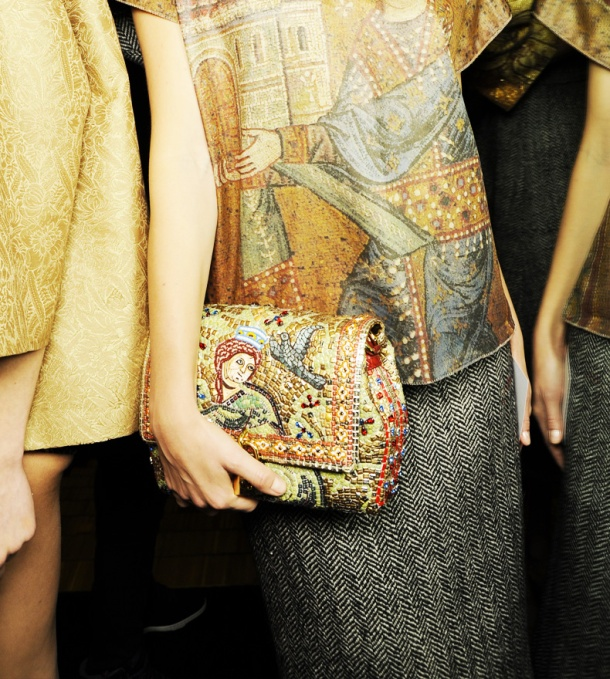 dolce-and-gabbana-fw-2014-mosaic-women-collection-the-handbags-mosaic-tapestry-clutch-bag