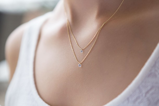 Inseparable Nude Diamond Necklace - Model 3