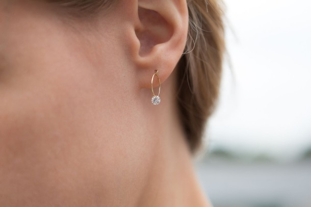 Shamal Nude Diamond Earrings - Model 2